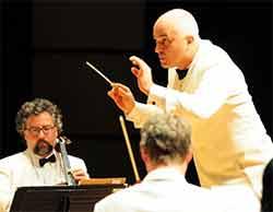 Alex Klein chef d'orchestre