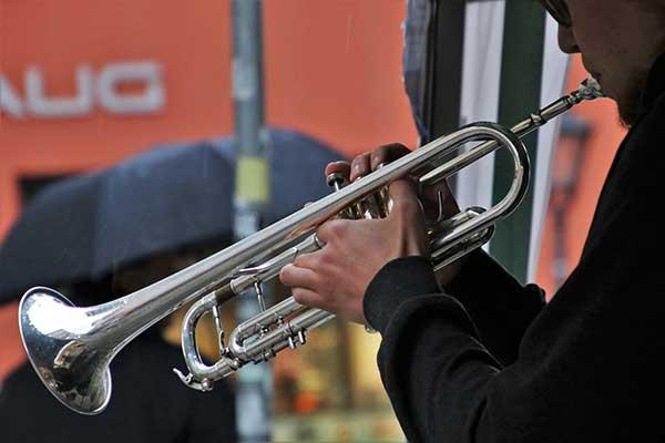 Respiration chez le chanteur et l'instrumentiste à vent