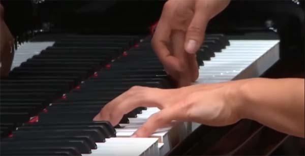 cerveau et pianiste classique