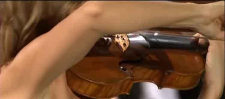 Capsulite épaule droite et maladie professionnelle chez un musicien