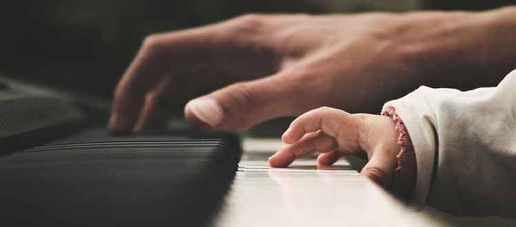 Les musiciens experts ont une intelligence fluide supérieure aux musiciens novices et aux non-musiciens