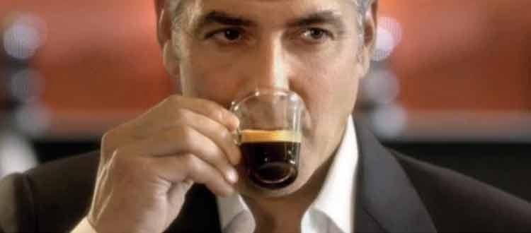 Café, les effets sur la voix